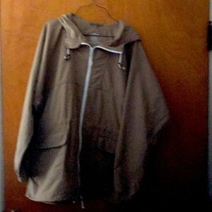 LL Bean Ladies Rain Coat size XL